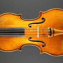 Il Cannone—a masterful imitation of the Giuseppe Guarneri violin